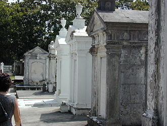 Uptown New Orleans - Tombs in Lafayette Cemetery No. 1