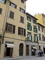 Largo bargellini 14, casa con pietrino 01.JPG