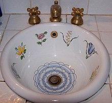 Antico Lavello In Ceramica.Lavabo Wikipedia