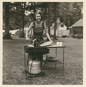 Barbecue grill - The LazyMan Model AP, the world's first portable gas grill. Taken during the summer of 1954.