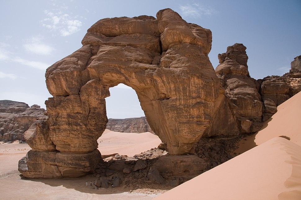 Libya 5101 Fozzigiaren Arch Tadrart Acacus Luca Galuzzi 2007