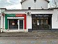 Livraison de pizza et salon de coiffure à Saint-Maurice de Beynost.jpg