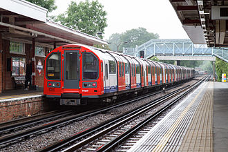 Central line (London Underground) - A Central line 1992 stock train leaving Theydon Bois