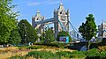 Look on Tower Bridge - panoramio.jpg