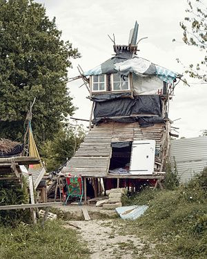 Zone to Defend - One of the many structures that have been built on roads crossing through Notre-Dame-des-Landes ZAD. This one serves as a lookout tower in preparation of evictions by police.