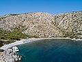 Luftbild Nikolaos Strand Hydra in Griechenland (44150056254).jpg