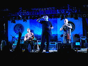 Lunasa performs at Interceltic Festival of Avi...