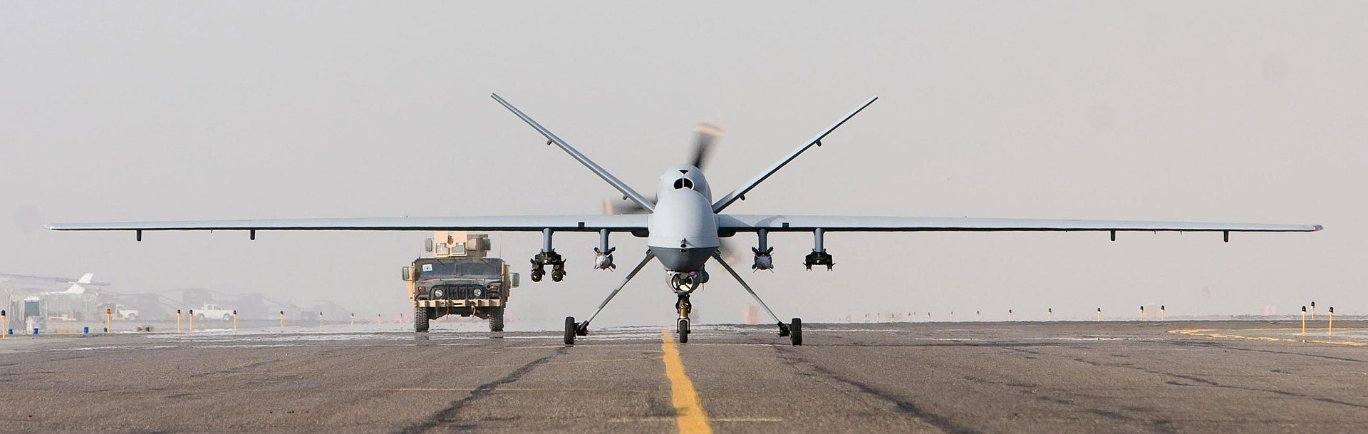 1920px-MQ-9_Afghanistan_takeoff_1_Oct_07