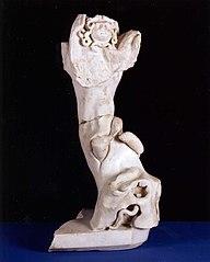 Groupe sculpté tronc d'arbre, serpent et égide Ra 157