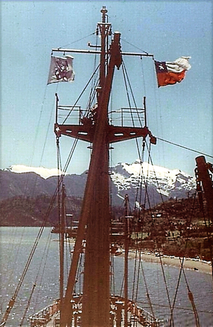 Puerto Chacabuco - The cargo ship Lechstein NDL in Puerto Chacabuco - 1960