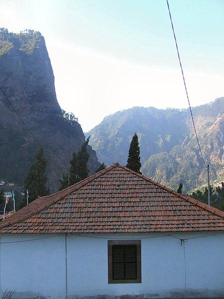 File:Madeira - Curral das Freiras Village (11912739635).jpg