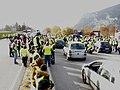 Manifestation des gilets jaunes sur l'A51.jpg