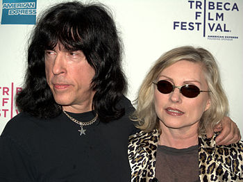 English: Marky Ramone and Debbie Harry at the ...