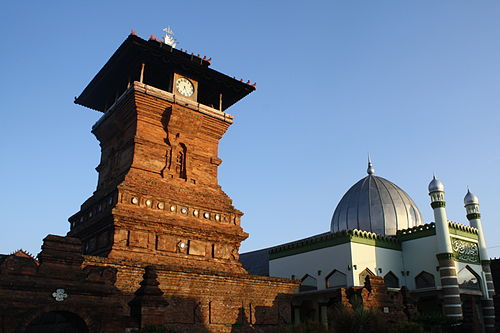 Minaret is not an original architecture of Indonesian mosque, instead the Menara Kudus Mosque employs a Hindu-Buddhist temple-like structure for a drum used to call prayer Masjid Menara Kudus.jpg