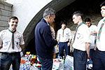 Mauricio Macri visito la Usina del Arte donde se recibieron donaciones (8637858318).jpg
