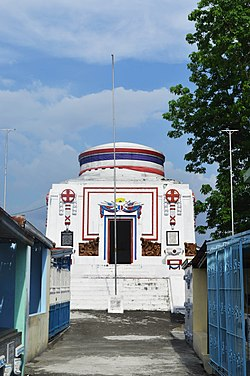 Mausoleum of the Veterans of the Revolution Front View 01.jpg