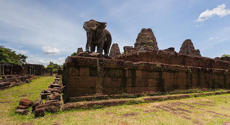 File:Mebon Oriental, Angkor, Camboya, 2013-08-17, DD 06.JPG