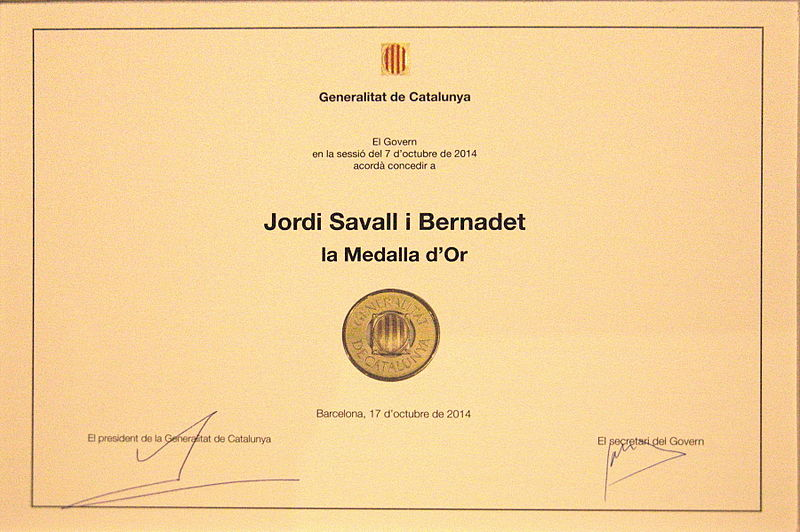 File:Medalla Or Generalitat Titol 7080 resize.jpg
