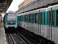Metro de Paris - Ligne 2 - Jaures 05.jpg