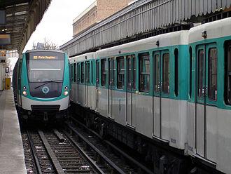 Jaurès (Paris Métro) - Image: Metro de Paris Ligne 2 Jaures 05