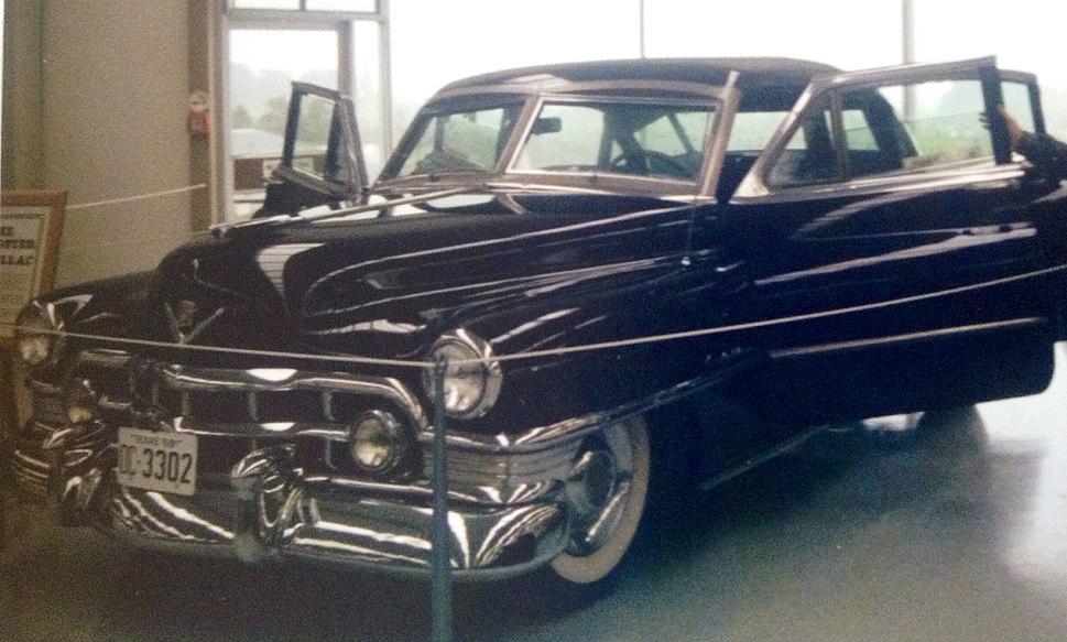 Mickey Cohen%27s Cadillac