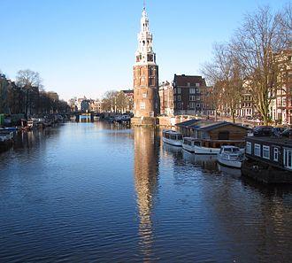 Montelbaanstoren - Image: Montelbaanstoren aan de Oude Schans vlak bij de Kikkerbilssluis Amsterdam Nederland Foto Wolfgang Pehlemann IMG 2176
