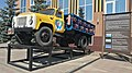 Monumento al gasbalona kamiono (Tjumeno) 01.jpg