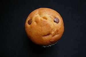 Español: Muffin con chispas de chocolate. Lima...