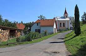 Němčice, road to the church.jpg