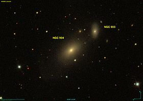 La galaxie elliptique NGC 904