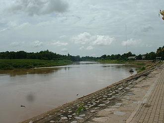 Nan River - Nan River at Wat Tha Luang, Phichit Province