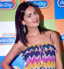 Nathalia Kaur and RGV promote Department film at Radio City FM (8).jpg