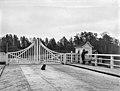 Naurissaaren silta Kulosaaresta ja Herttoniemeen - N27810 - hkm.HKMS000005-km0000nvsl.jpg