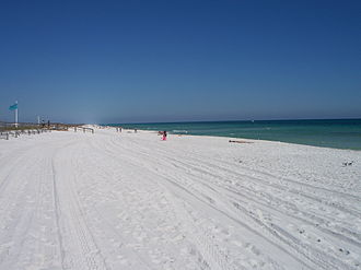Jaws 2 - The majority of filming was at Navarre Beach in Florida