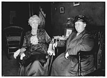 Nellie Fassett and Elisabeth Marbury.jpg