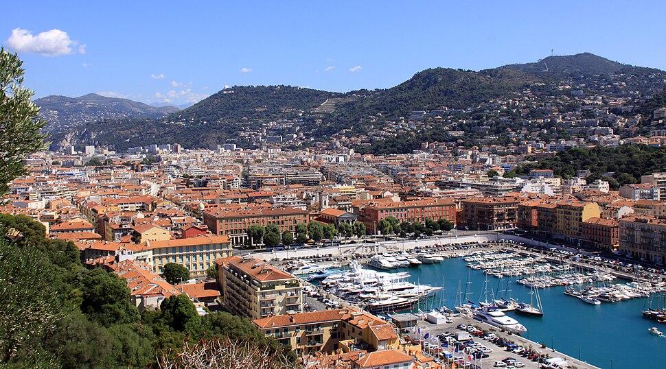 Пристанището на Ница