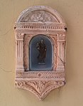 Niche contenant une statuette de la Vierge à l'Enfant, Via XX Settembre, Alghero, Sardinia - vue drone.JPG