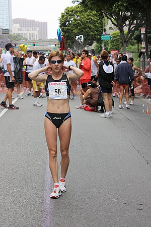 Los Angeles Marathon - Romanian athlete Nuța Olaru at the 2009 edition