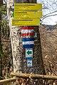 Pörtschach Leonstein Gloriettenweg Hohe Gloriette Wegweiser 29032020 8601.jpg