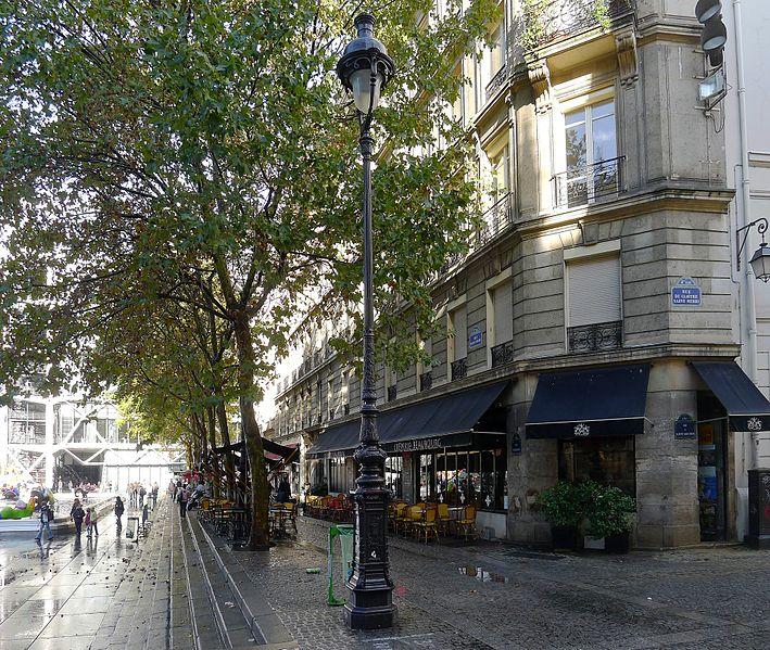 Fichier:P1060333 Paris IV rue Brise-Miche pl. Igor-Stravinsky rwk.JPG