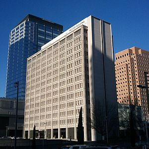 Paccar Tower.jpg