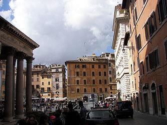 Pantheon (Rome) E 5.jpg