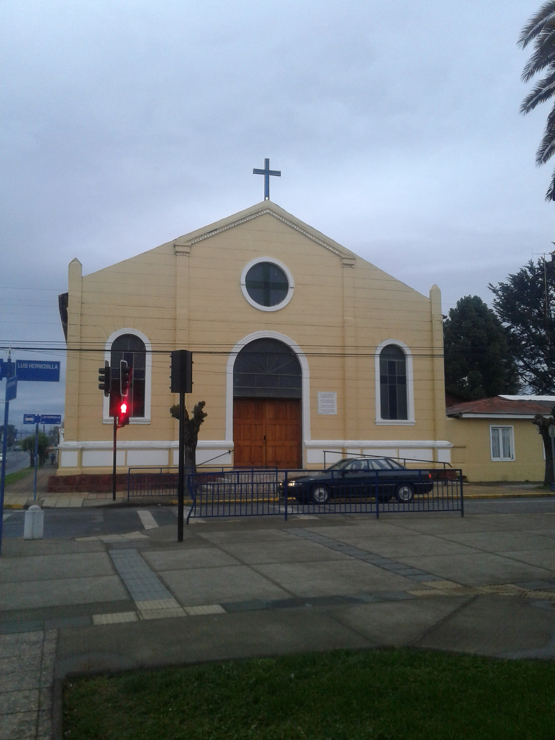 File Parroquia Sagrado Corazón De Jesús De Coihueco 01 Jpg Wikimedia Commons
