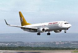 Een Boeing 737-800 van Pegasus Airlines landt op Bristol International ...: nl.wikipedia.org/wiki/pegasus_airlines