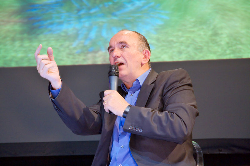 Файл:Peter Molyneux 20080927 Festival du jeu video 02.jpg