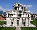 Pisa - Cattedrale da Battistero 02.jpg