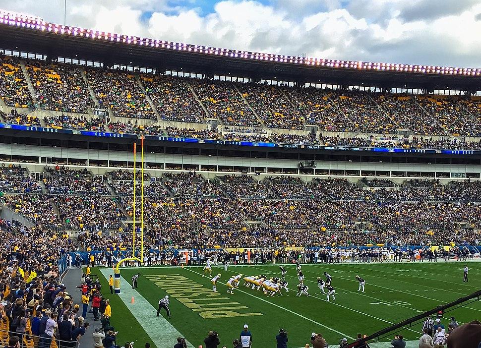 Pitt Football plays Notre Dame