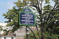 Plaza Jean-Paul Sartre y Simone de Beauvoir