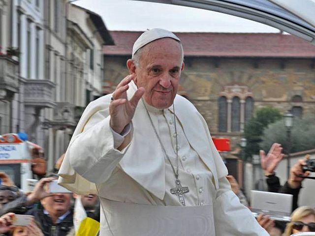 From commons.wikimedia.org: Pope Francis in Prato