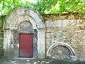Porte église Saint-Loup Île Barbe.JPG